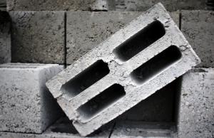 Блок цементно-песчаный 200x200x400